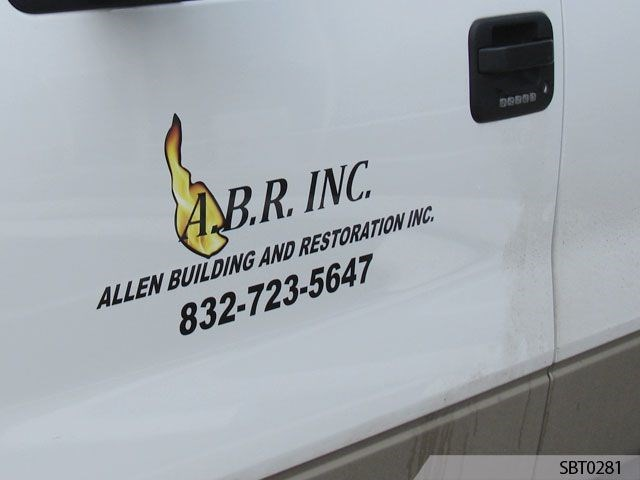 Vehicle graphics lettering