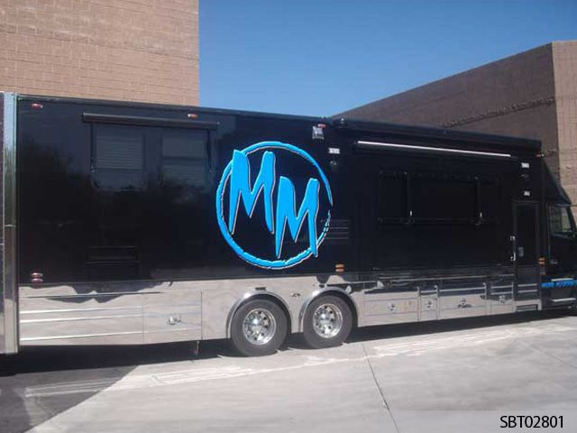 MM Custom Bus Graphics