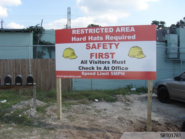 Construction post and panel sign