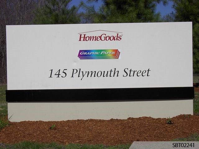 Homegoods Custom Pylon Sign