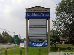 Rockland Trust Custom Pylon Sign