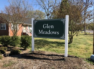 White Post and Panel Sign for Glen Meadows Community
