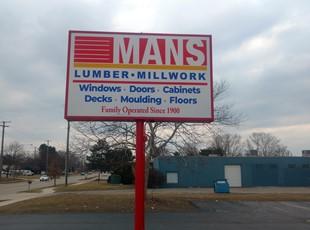 Pylon | Outdoor Lightboxes | Retail | Ann Arbor, Michigan