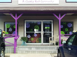 3 Color - Window Lettering & Graphics