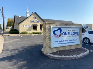 Outdoor Dimensional Lettering | Outdoor Vinyl Lettering & Graphics | Churches & Religious Organizations | Dallas, TX