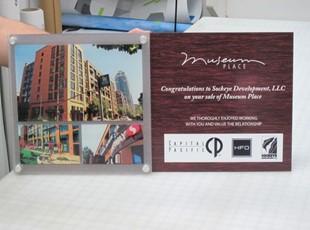 custom plaque award