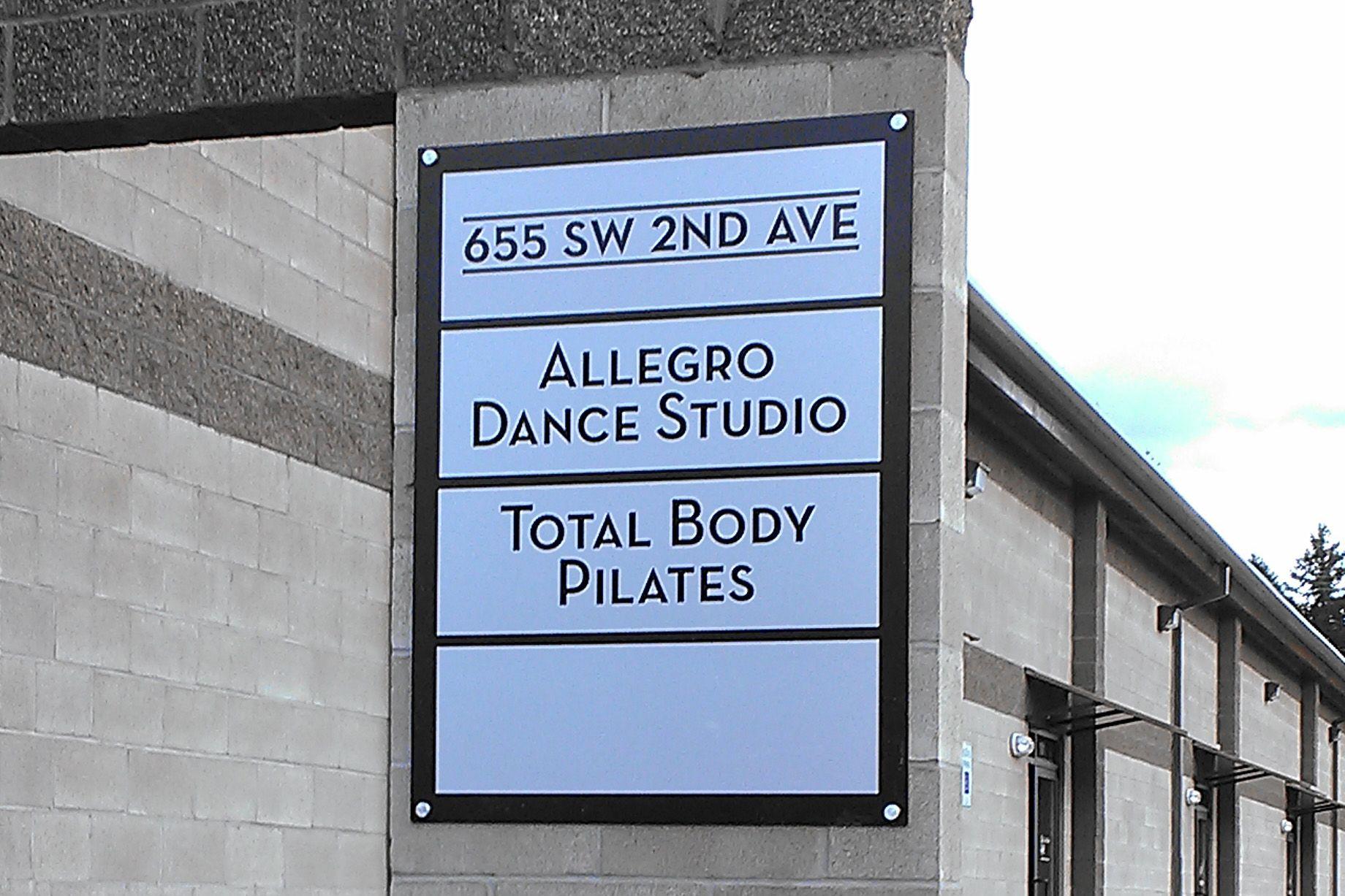 Outside Signage Outdoor Signage Company
