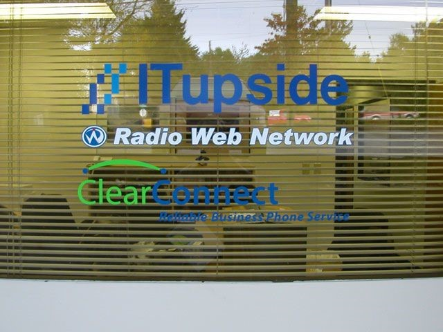 Outdoor vinyl window graphics lettering signs by for Vinyl windows portland