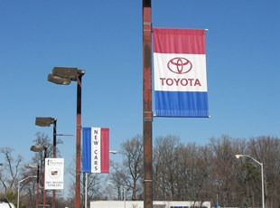 Toyota Boulevard Banners