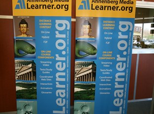 Annenburg Media Banner Stands