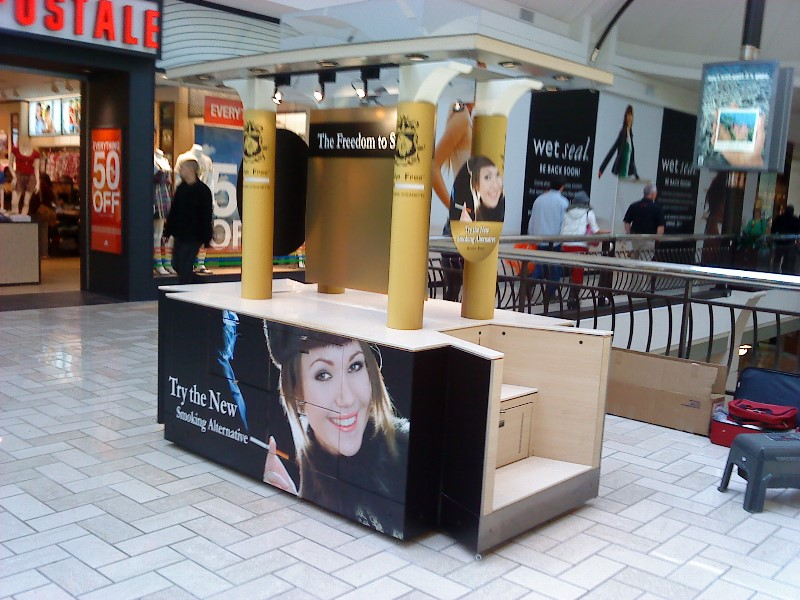 Retail Kiosk & Mall Signage & Graphics