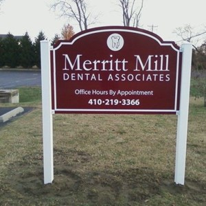 Merritt Mill Dental Post and Panel