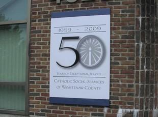Pan Aluminum Sign Wall Mounted