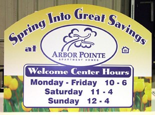 Seasonal hours sign