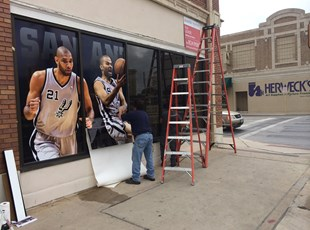Wall Coverings | Outdoor Vinyl Lettering & Graphics | Entertainment | San Antonio, Texas