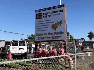 post and panel sign, signs by tomorrow, murrieta, inland valley, southern california, fruit growers, san bernardino