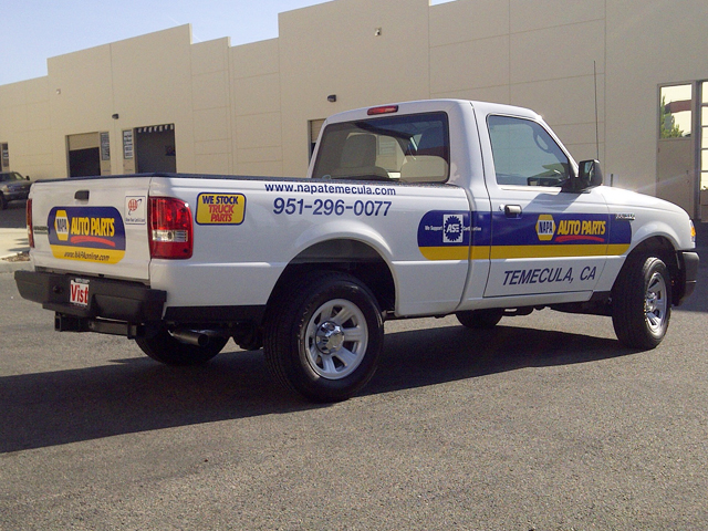 Vinyl Vehicle Lettering & Truck Decals   Signs By Tomorrow ...
