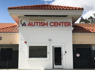 dimensional lettering, outdoor, signs by tomorrow, inland valley, southern california, comprehensive autism center, temecula, murrieta