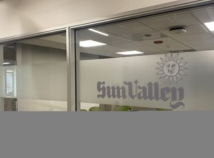 Indoor Vinyl Lettering & Graphics | Window Graphics | Advertising & Design | Boise, Idaho