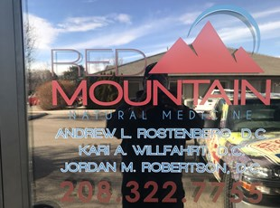 Window Graphics | Outdoor Vinyl Lettering & Graphics | Healthcare | Meridian, Idaho