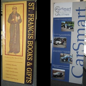 Using our collapsable Spyder Banner Stand for great banner displays