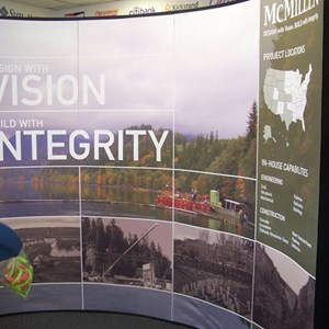 Making an impact with a tradeshow backwall