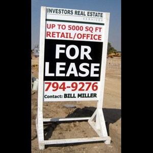 Large, visible signs help potential buyers contact you