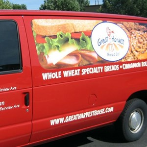Digitally printed photos add impact for Great Harvest Bread Company