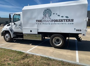 Custom Vehicle Lettering & Graphics | Outdoor Vinyl Lettering & Graphics | Construction