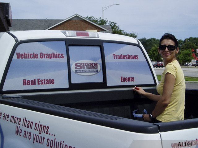 Custom Signs Northern Illinois Vinyl Lettering