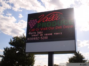 Electronic Message Board and LED Display Sign - Valli Produce of Glendale Heights