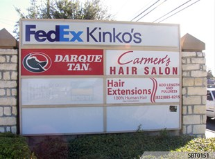 Retail Center Outdoor LIghtbox Monument Sign with Lexan Tenant Sign Panels
