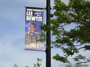 Blvd. Banner to greet American Idol Lee Dewyze