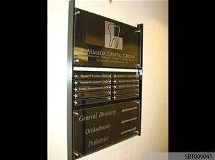 Dentist Interior Acrylic Directory
