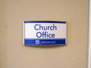 Lakewood directional nameplates