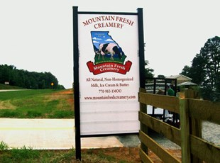 Post & Panel signage for Mountain Fresh Creamery