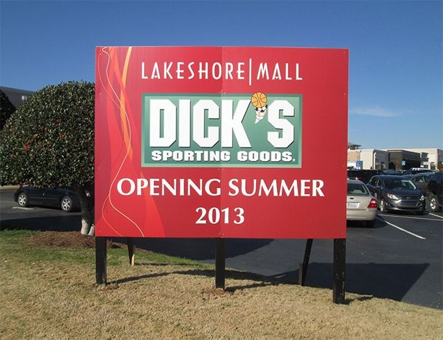 The DICK'S Sporting Goods in gainesville has everything you need for every season, whether you're taking on a new training routine, gearing up for a round of golf or looking for a new pair of running shoes. Shop a huge assortment of footwear, workout clothes and more in dalmanco.mlon: PEARL NIX PARKWAY, SUITE G, GAINESVILLE,