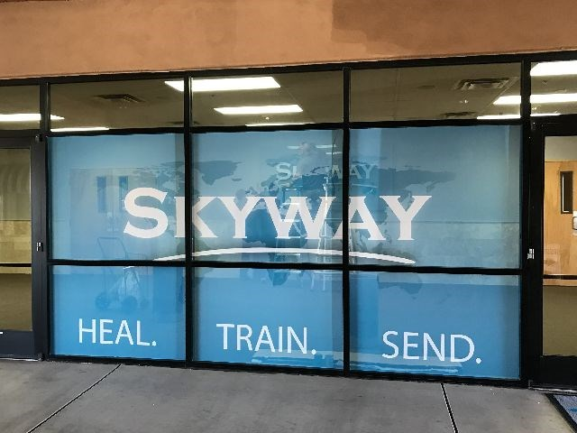 Outdoor Vinyl Graphics Amp Lettering Signs By Tomorrow Glendale